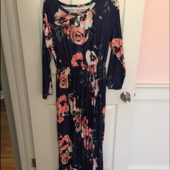 e2975c6704 Dresses   Skirts - Beautiful Flower Maxi Dress - Amazon